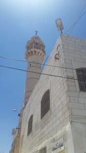 """Im """"Sperrgebiet"""" dürfen keine Palästinenser sein, so ARD. Moscheen stehen dort aber dennoch und sehen noch gut aus."""