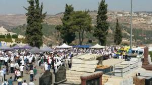 Auf dem Jerusalemer Friedhof. Quelle: INN