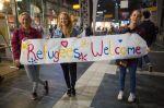 Deutsche begrüßen Flüchtlinge, 2015. Quelle: Web