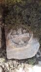 Das in Stein gehauene Kreuz