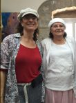 Nadia Matar, links, und Yehudit Katzover